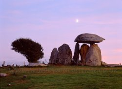 Click to a larger version of Pentre Ifan Burial Chamber, Pembrokeshire (Cadw): photo © Mick Sharp