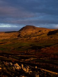 Click to a larger version of Ingleborough Hillfort, North Yorkshire: photo © Mick Sharp