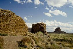 Click to a larger version of Una Vida Pueblo & Fajada Butte, Chaco Canyon, New Mexico, USA (NPS): photo © Mick Sharp