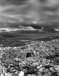 Click to a larger version of Dun na Maigh broch, Ben Loyal, Sutherland: photo  © Mick Sharp