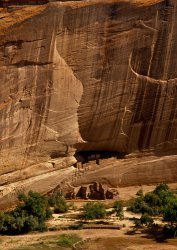 Click to a larger version of White House Ruins, Canyon de Chelly, Arizona, USA. Photo © Mick Sharp